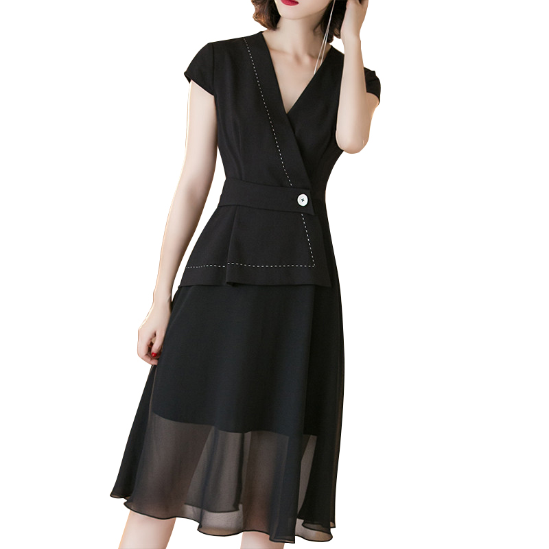 Đầm Waparound vạt chéo đính cúc