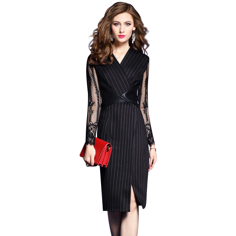 Đầm Wraparound Dress xẻ vạt phối tay ren