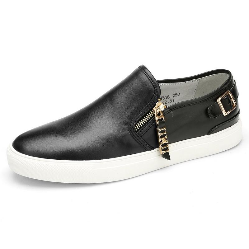 Giày slip-on trơn phối đai khóa Olunpo