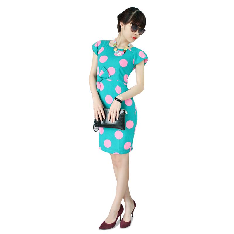 Váy công sở họa tiết duyên dáng