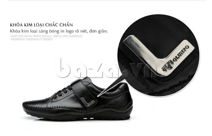 Khóa kim loại chắc chắn giúp giày nam Olumpo QABA1214 sáng bóng, không hoen gỉ