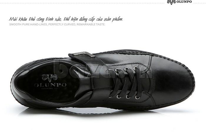 Mũi khâu thủ công tinh xảo giúp giày nam Olumpo QABA1214 sang trọng hơn