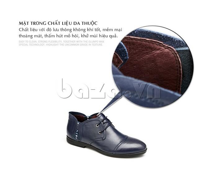 Mặt trong của giày nam Olunpo QDT1303 làm từ da thuộc cao cấp giúp chân khô thoáng suốt cả ngày dài