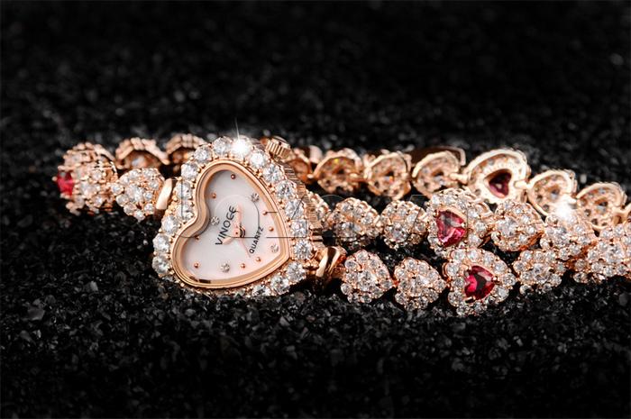 Đồng hồ nữ mặt trái tim Vinoce V633248G tinh tế từng đường nét