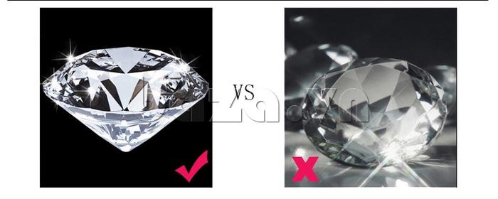 Đồng hồ nữ mặt trái tim Vinoce V633248G đính pha lê