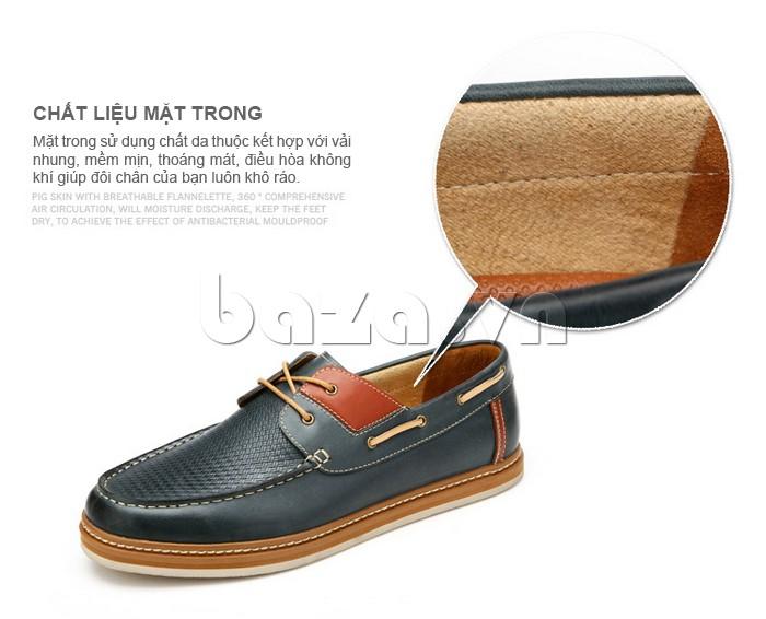 chất liệu bên trong làm từ da thuộc mềm mịn, thoáng mát giúp đôi giày ấn tượng hơn