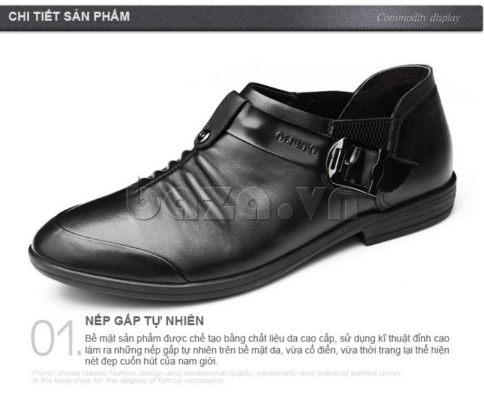 bề mặt giày da nam sử dụng chất liệu da cao cấp, kĩ thuật chế tác đỉnh cao