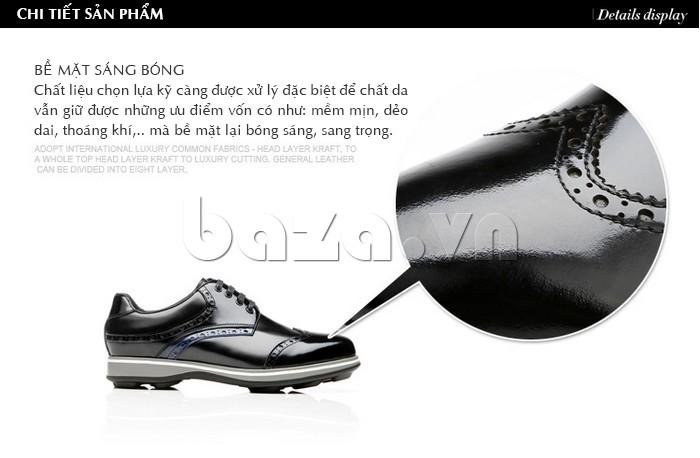 Bề mặt giày sáng bóng trên chất liệu được chọn lựa và xử lý kỹ càng