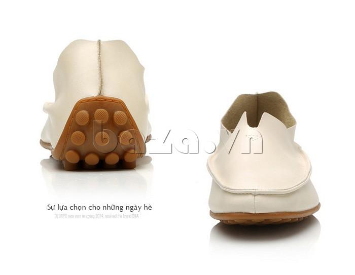 Mẫu giày này là sự lựa chọn thích hợp nhất cho những ngày hè