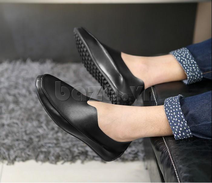 Giày da nam màu đen tạo ấn tượng sang trọng, cuốn hút