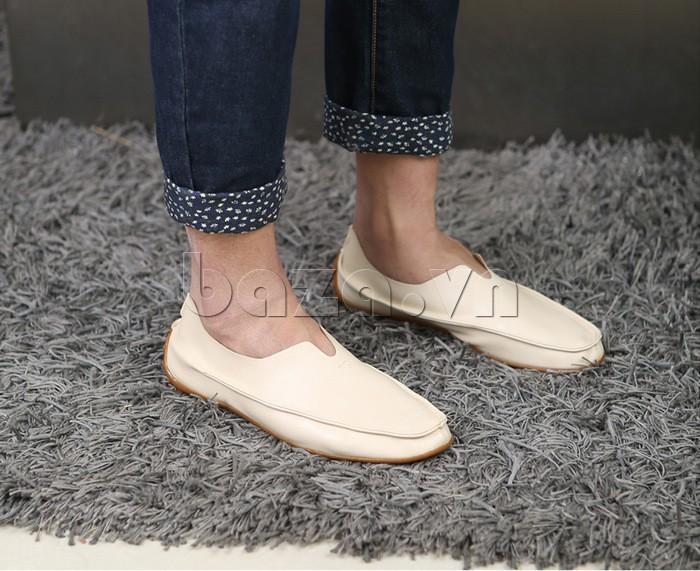 Giày da nam Olunpo da trơn mẫu màu kem