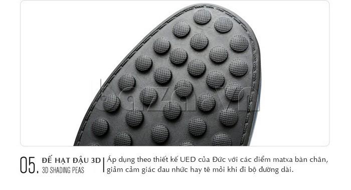 Đế giày hạt đậu 3D áp dụng theo thiết  kế UED của Đức với các điểm mát xa giúp chân giảm đau nhức, mệt mỏi