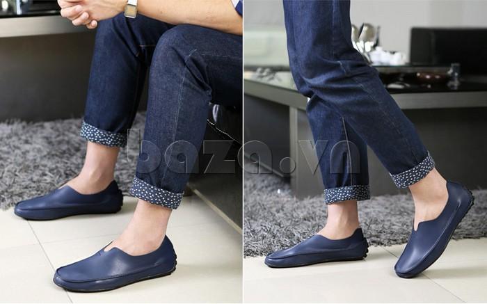 Thiết kế giày xẻ lưỡi tạo nên điểm nhấn cá tính cho người dùng\