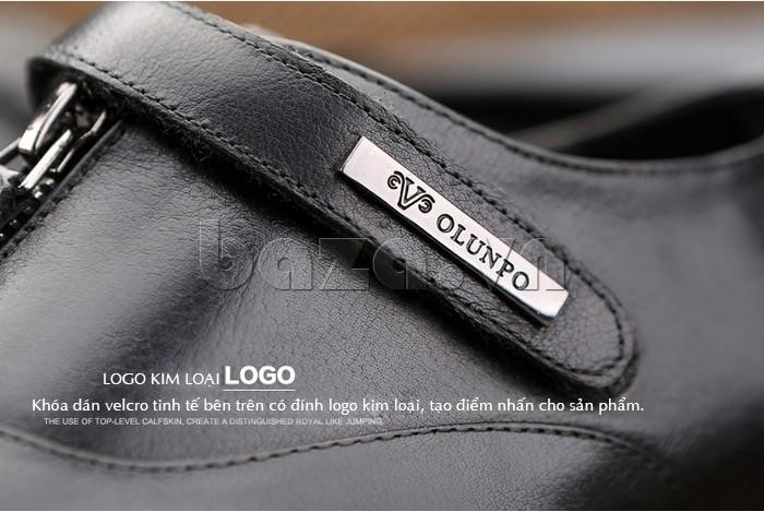 logo kim loại tạo sự trẻ trung và sang trọng