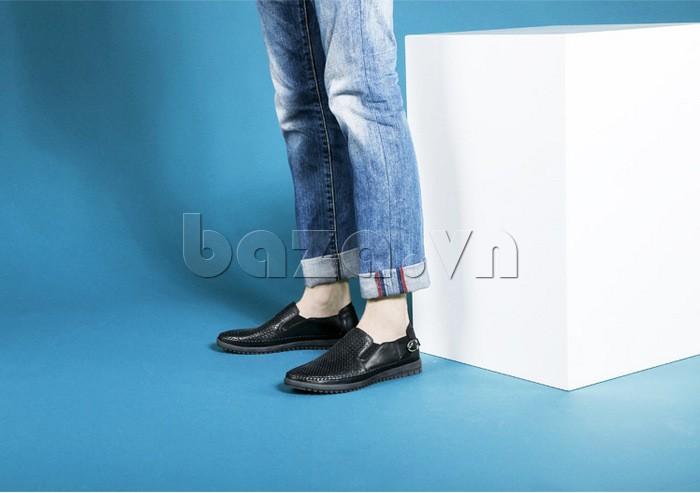 Giày Olunpo OP001 kết hợp với jeans xắn gấu