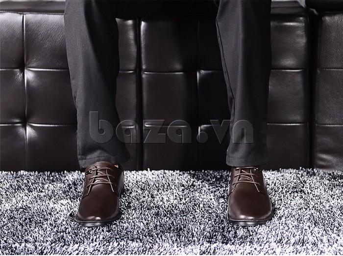giày da Olumpo QYS1301 sẽ vô cùng quyến cho cho nam giới khi các chàng kết hợp áo vest quần âu tinh tế