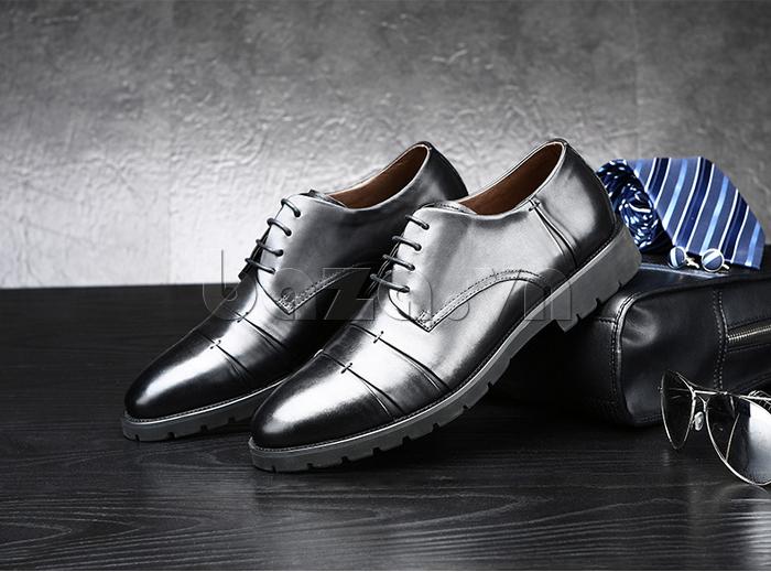 Giày da nam Olunpo QDT1404 màu đen huyền bí