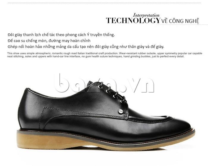 Đế giày thanh lịch chế tác theo phong cách Ý truyền thống, chất liệu cao su mềm mịn, đường may hoàn chỉnh
