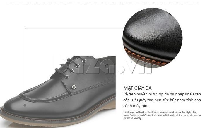 Mặt giày da mang vẻ đẹp huyền bí từ lớp da bò nhập khẩu cao cấp