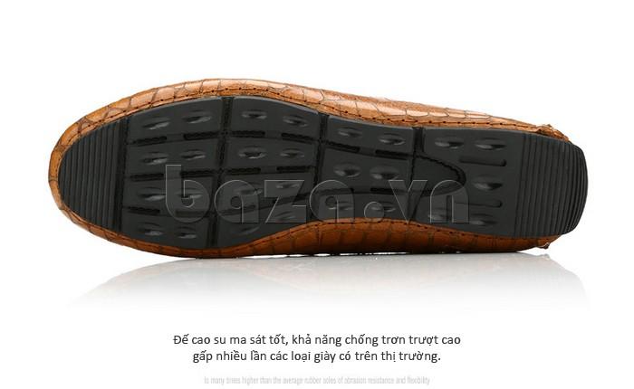 Đế giày da chất liệu cao su mềm dẻo, ma sát tốt