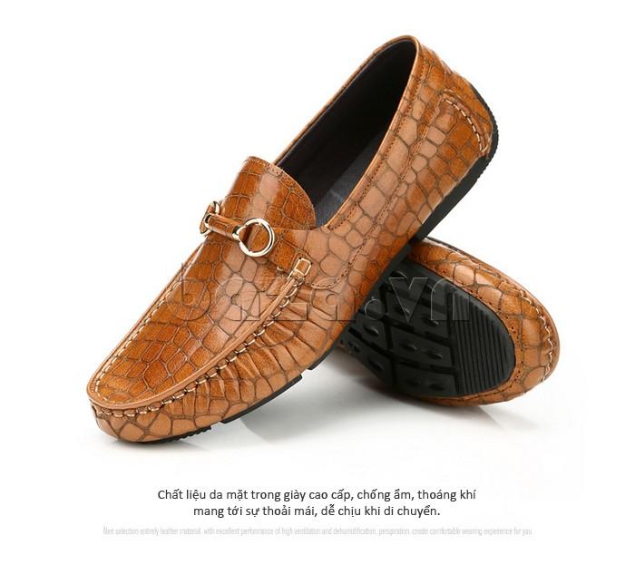 Chất liệu da mặt trong giày cao cấp, chống ẩm, thoáng khí
