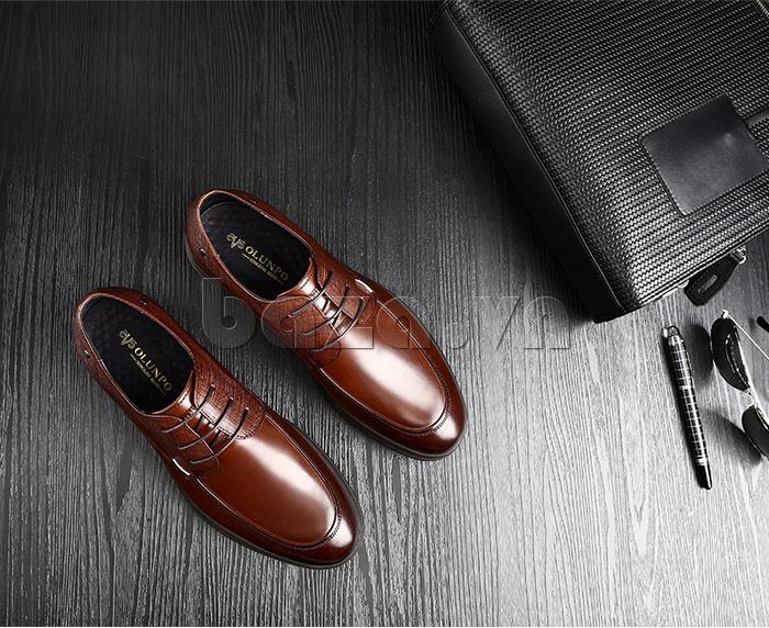 Giày da nam thời trang OLUNPO QHSL1405 có logo in tinh tế bên trong
