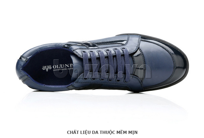 Giày da nam Olunpo QHT1426 sử dụng chất liệu da thuộc mềm mịn