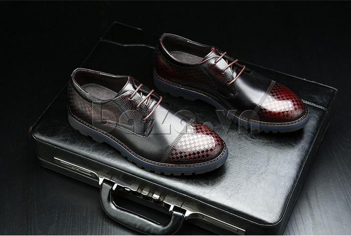 Giày da nam Olunpo QMD1401 mang đến những nét lịch lãm cho bạn