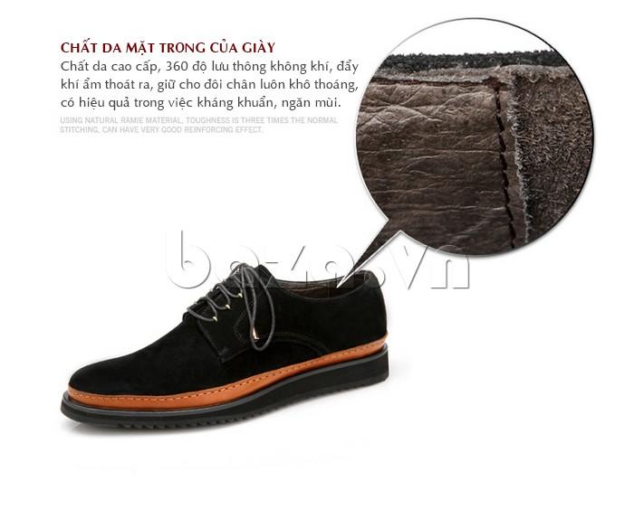 Mặt trong giày may chất da cao cấp, thông thoáng, kháng khuẩn