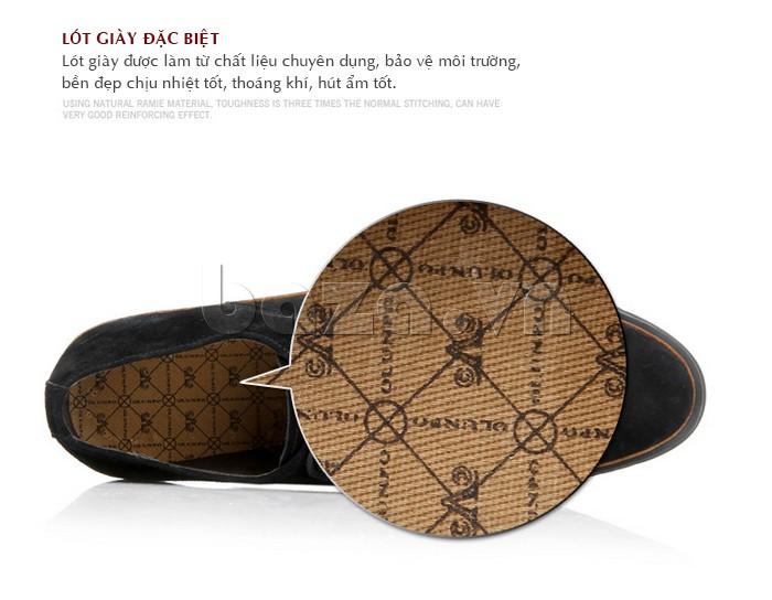 Lót giày được làm từ chất liệu chuyên dụng, bảo vệ môi trường, chịu nhiệt tốt