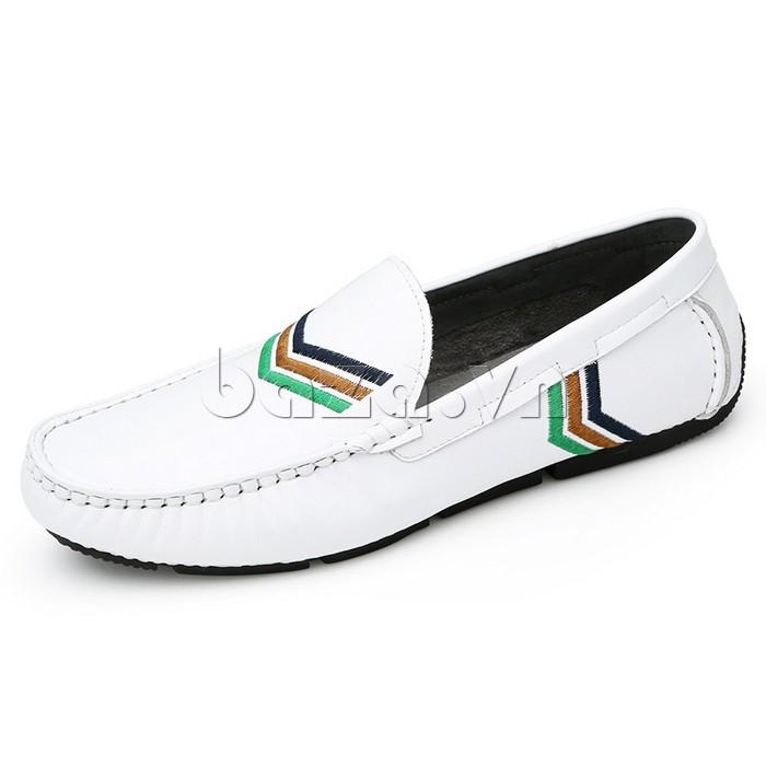 Giày nam Olunpo màu trắng tôn lên sự trẻ trung và năng động cho nam giới