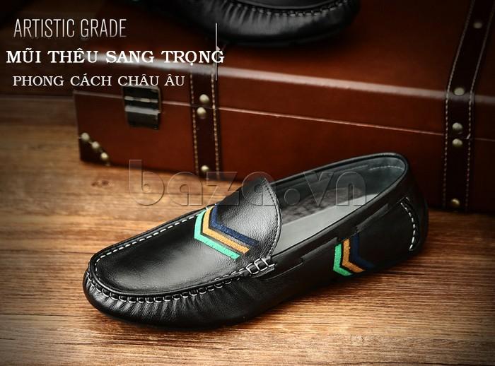 Giày nam Olunpo có mũi thêu sang trọng gây thích thú cho người mua