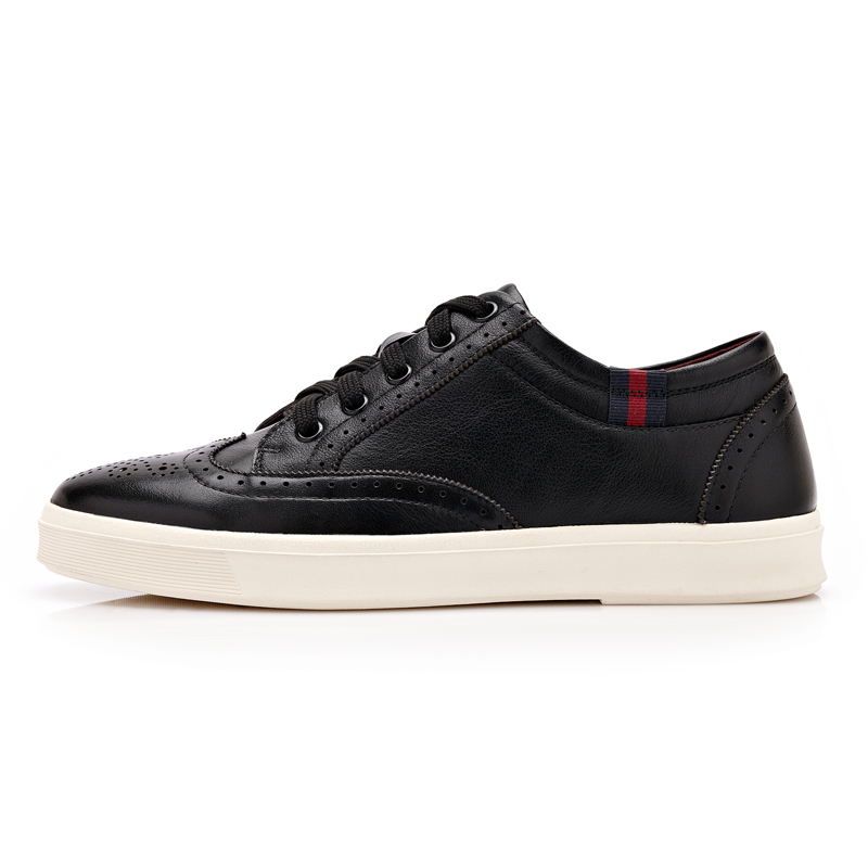 Giày casual nam đục lỗ phong cách thể thao CDD D691