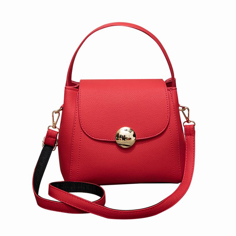 Túi Flap bag khóa tròn Balana