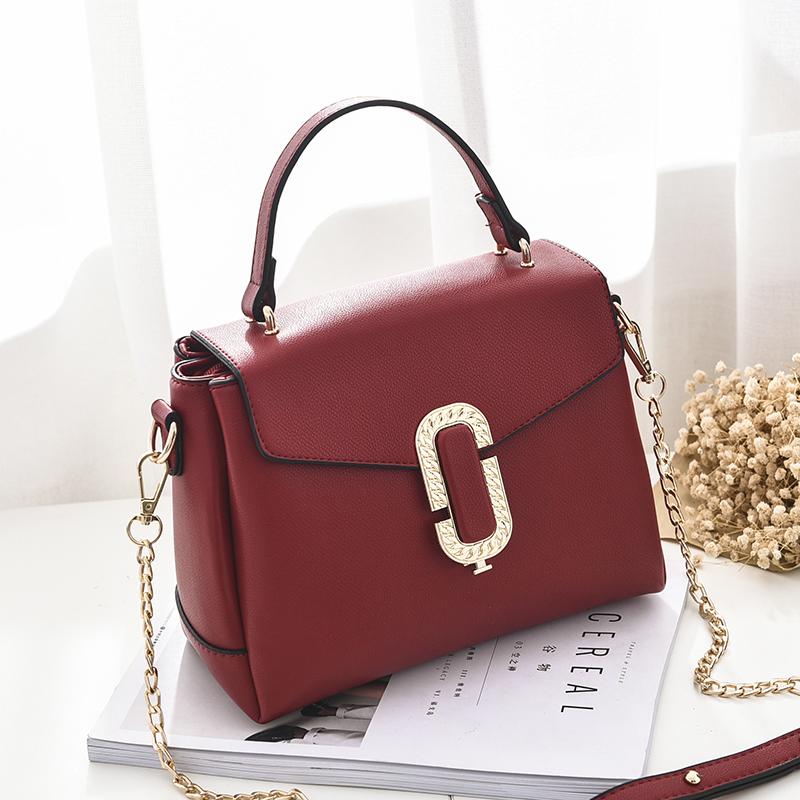 Túi satchel ba ngăn khóa chữ O Balana
